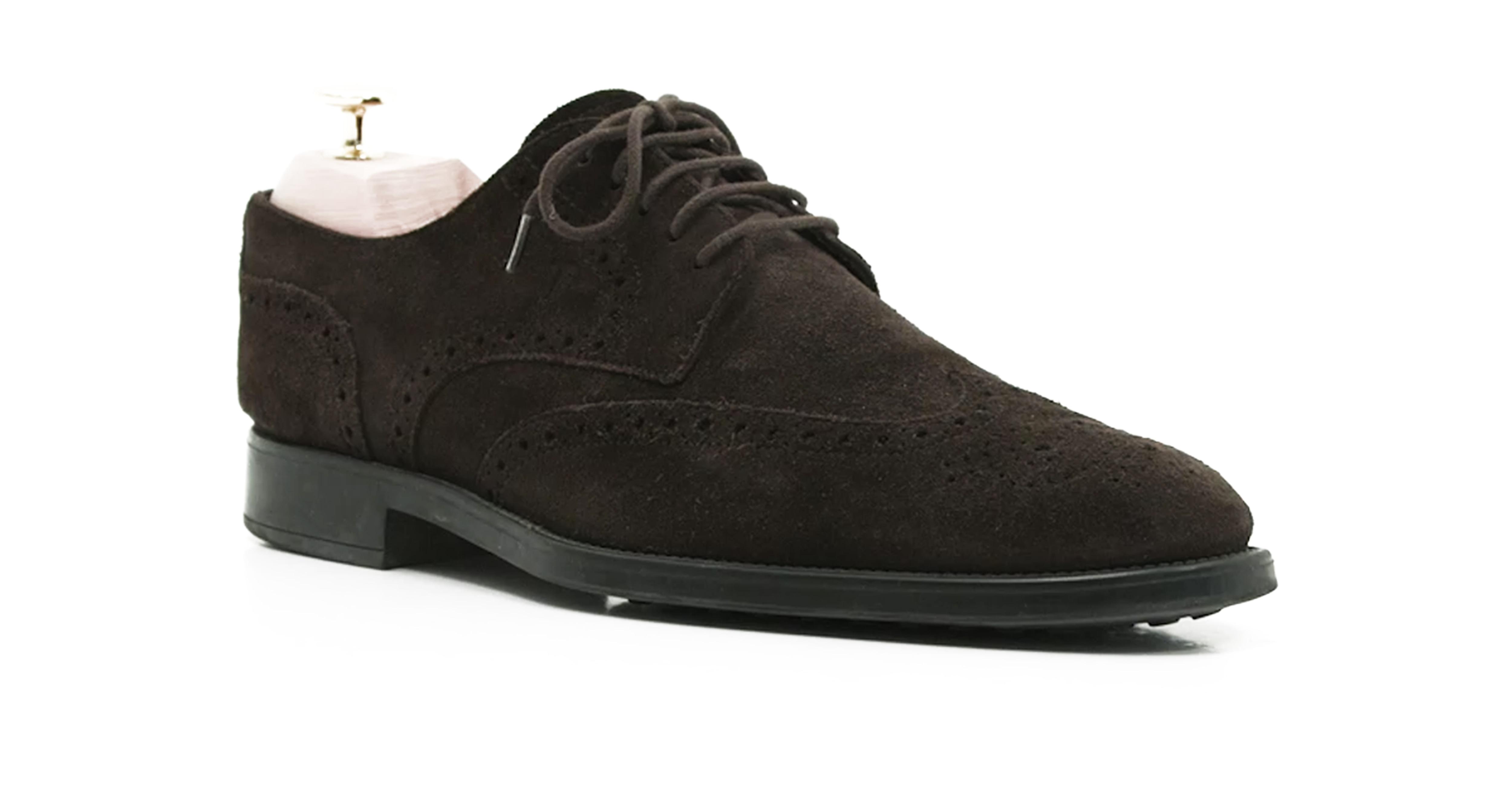 Så rengör och vårdar du skor av mocka